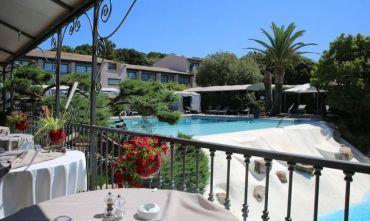 Hotel 4 stelle in un'oasi di tranquillità