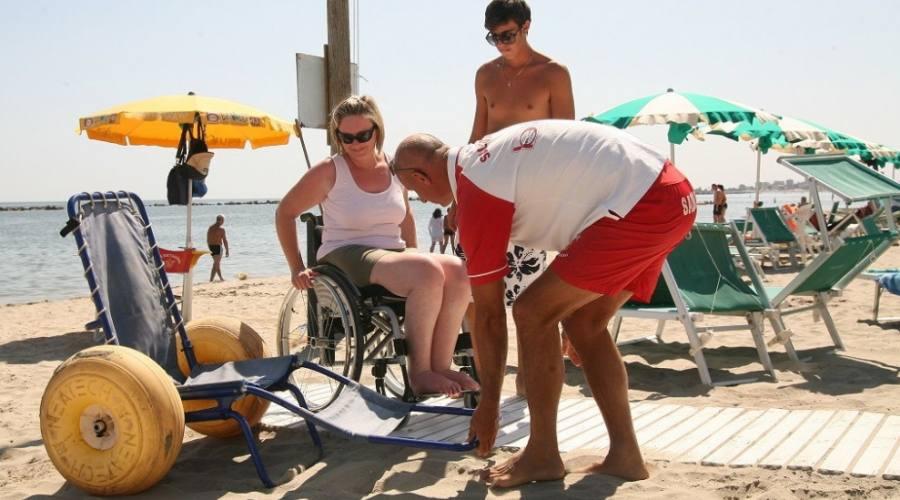 Servizio spiaggia con assistenza