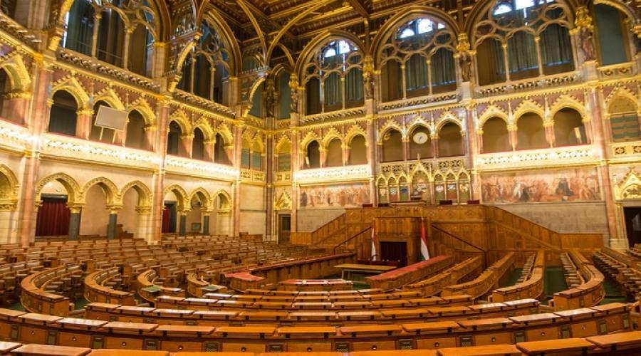 Interni del Parlamento