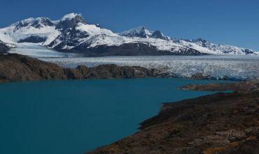 Cascata e ghiacciai anche durante la nostra estate