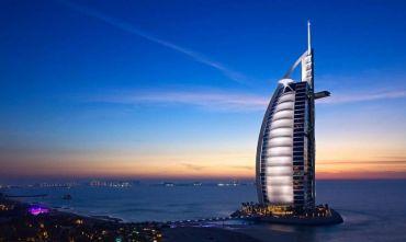 A spasso per la città simbolo degli Emirati