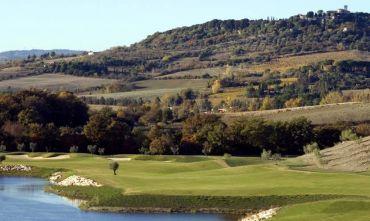 Vacanza a Saturnia a due passi dai campi da Golf...