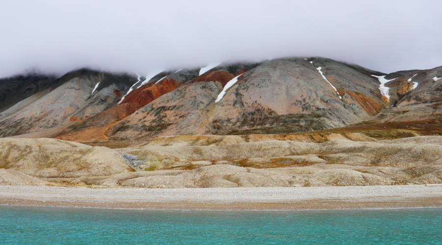 Svalbard - Tipiche montagne