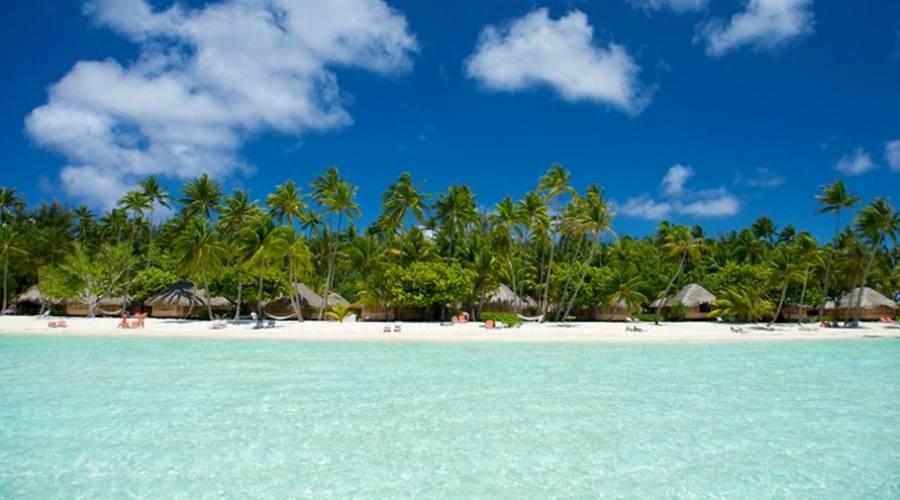 La spiaggia del Bora Bora Pearl Beach