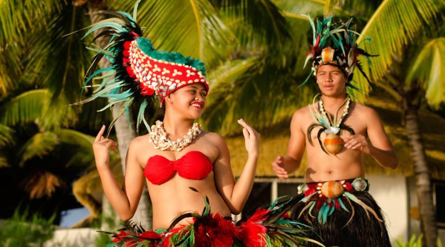 Tipici danzatori Polinesiani