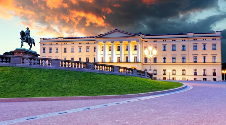 Palazzo Reale a Oslo, Viaggio fly&drive in Norvegia
