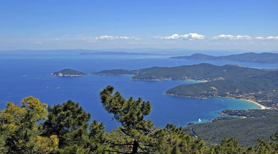 veduta dell'Isola d'Elba da Marciana