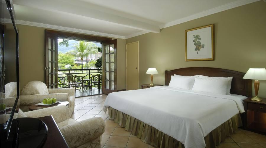 Mahe' - la Deluxe Room del Berjaya Beau Vallon Bay 4 Stelle