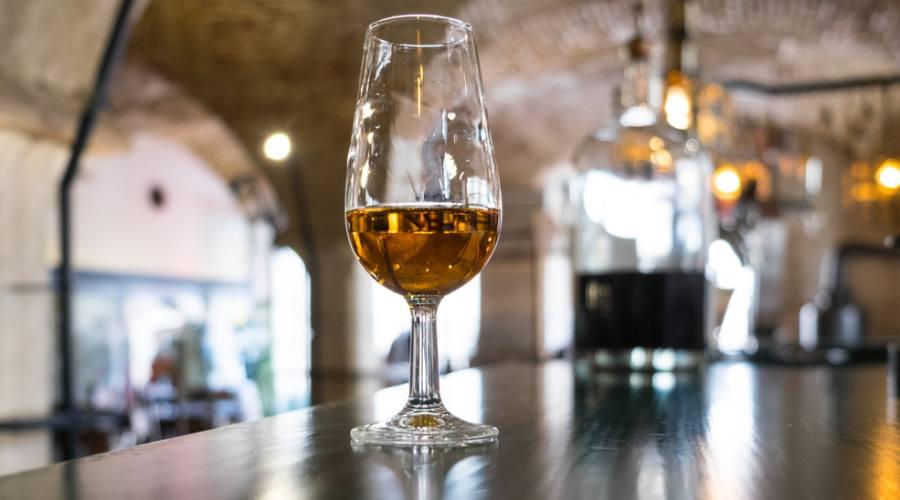 Porto, calice di vino