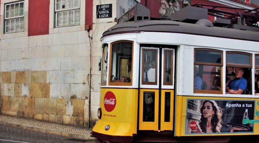 Lisbona, tram giallo