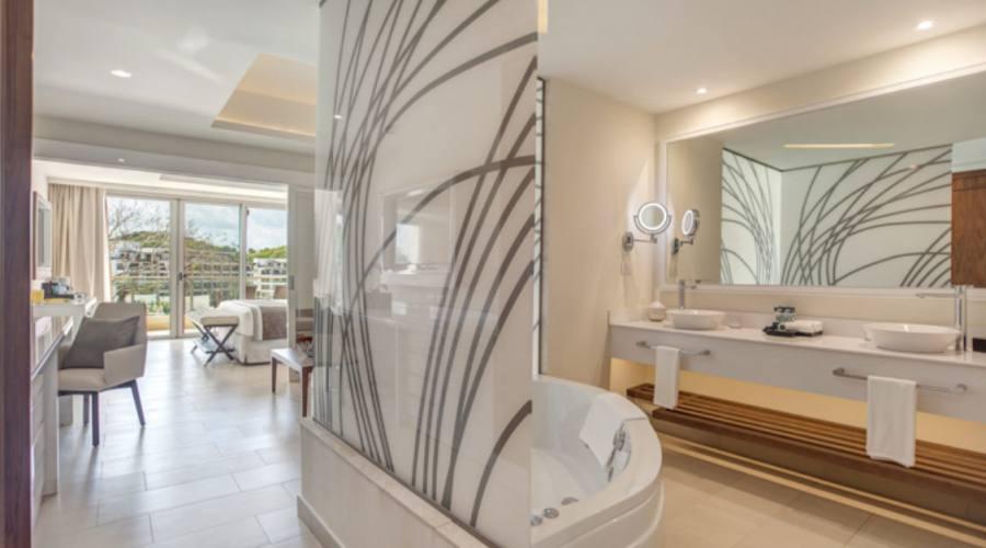 Royalton Saint Lucia - Luxury Family Suite Ocean View