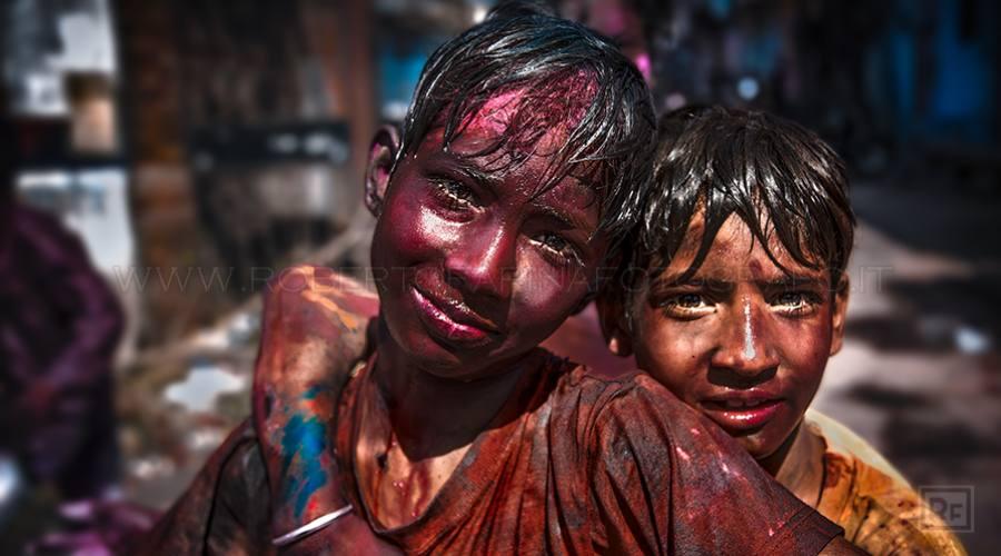 Ragazzi alla Festa dei Colori - Jaipur