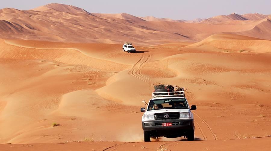 Traversata nel deserto di Wahiba Sands in auto 4x4