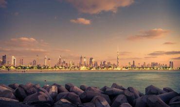 Alla scoperta dei due Emirati.