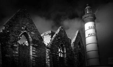 In viaggio con il Fotografo.  Itinerari suggestivi  tra i fari della costa bretone.