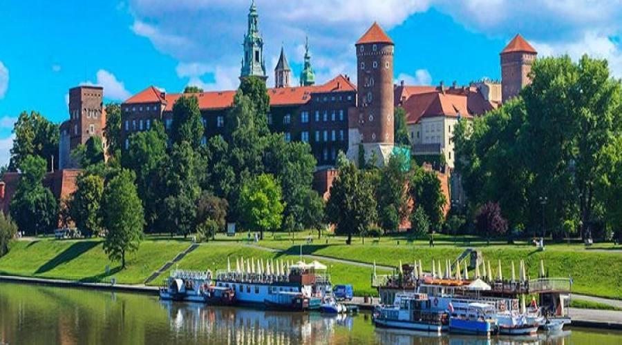 Castello di Wawel visto dal fiume Vistola