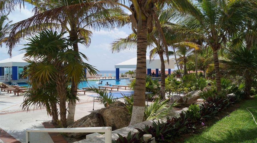 Solymar Beach: Piscina esterna