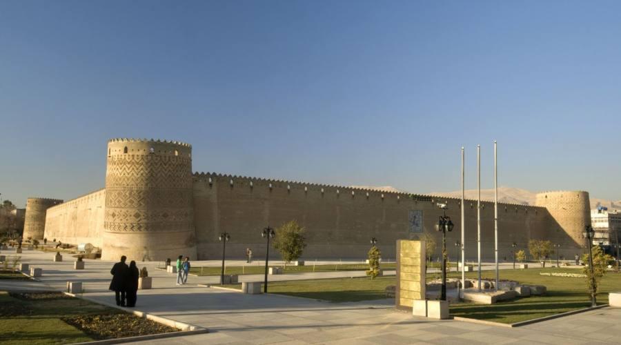 Shiraz: mura della città