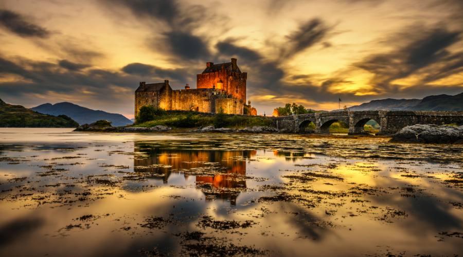 Tamonto su Eilean Donan Castle