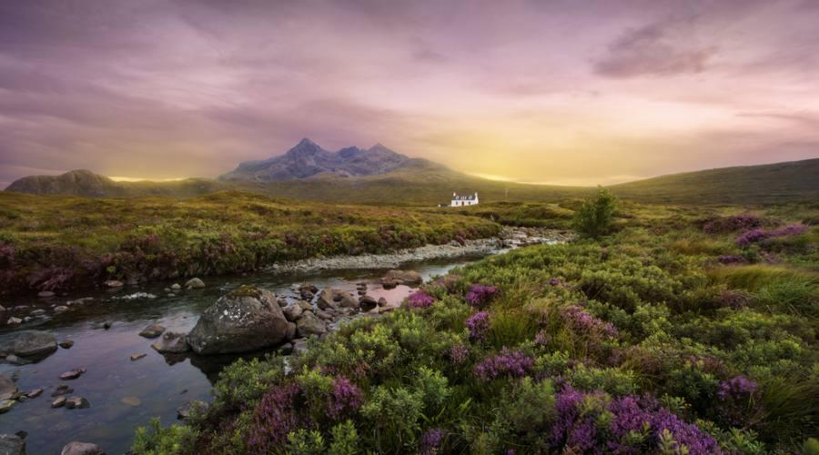 Tramonto sulle Highlands scozzesi