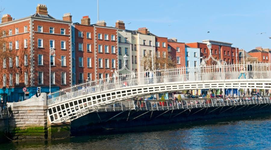 Ha'penny bridge in Dublino