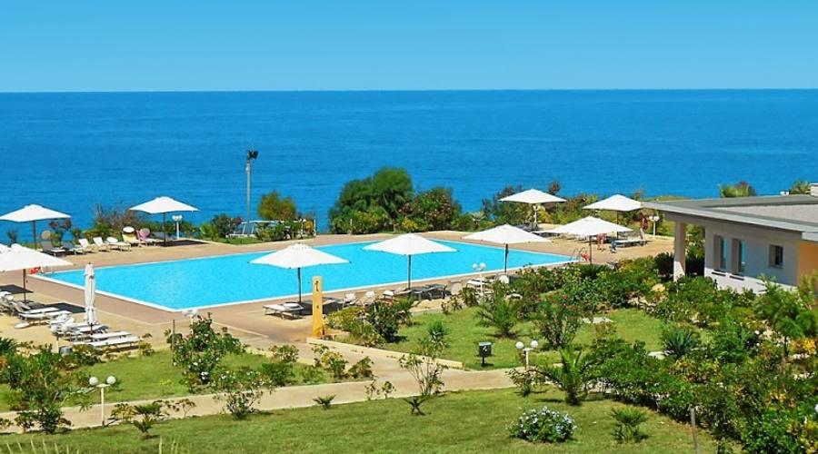 Piscina,Le Rosette Resort, Parghelia