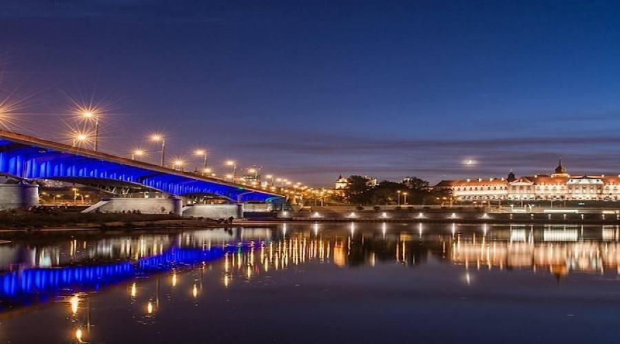 Panorama Varsavia di notte