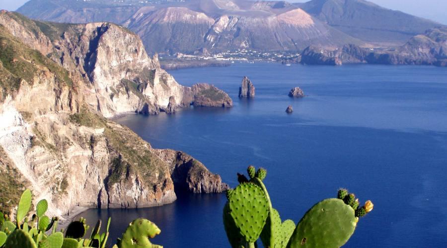 Bella vista sull'isola di Vulcano