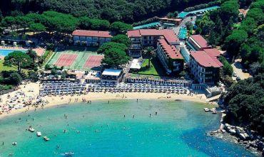 Incantevole Hotel con accesso diretto alla spiaggia privata di sabbia fine