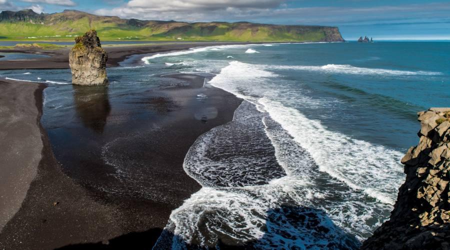 La spiagge nera di Reynisfjara