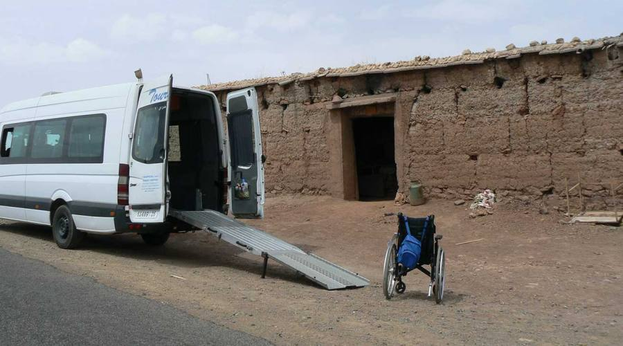 Minivan con rampa