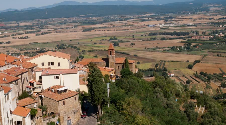 Vista della torre del Convento di San Donato