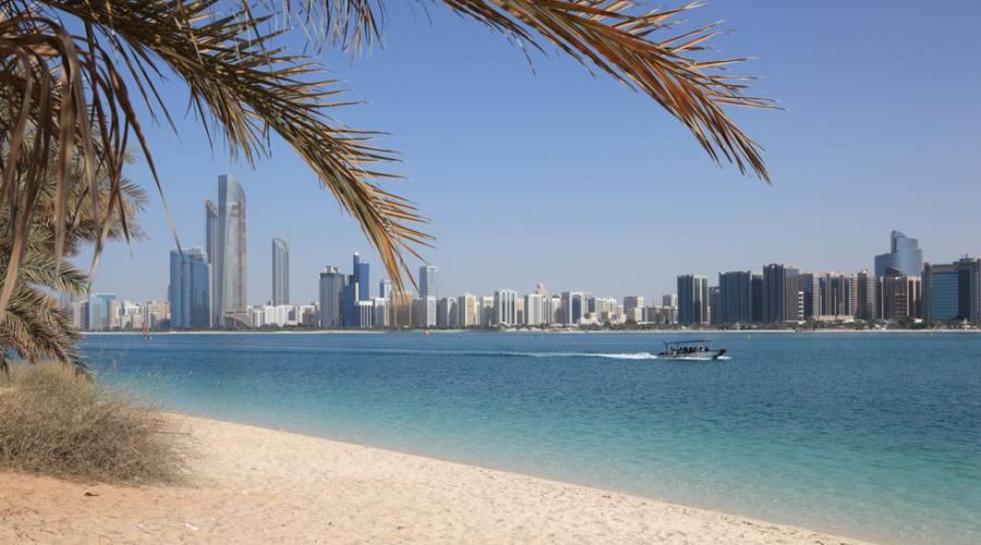 Spiaggia e Skyline di Dubai