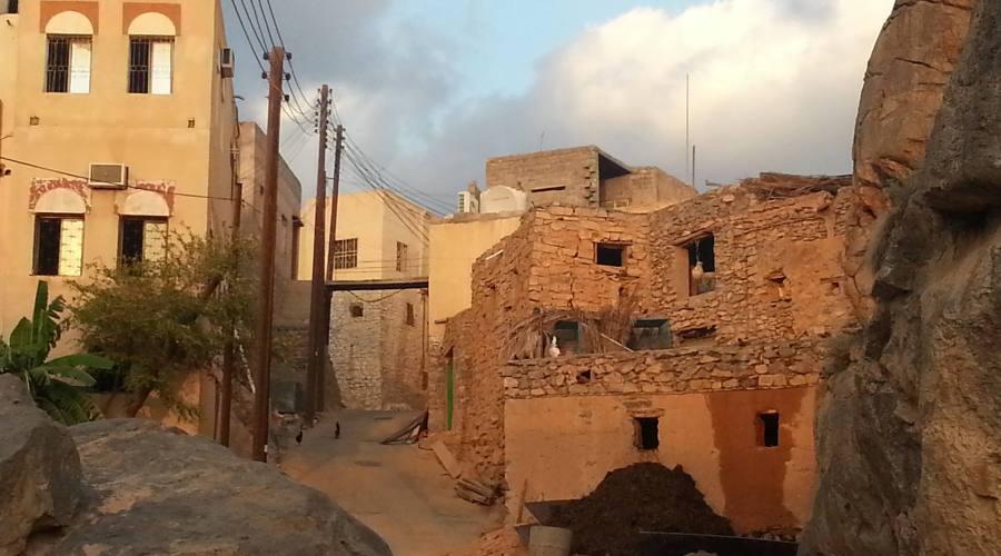 Al Hamra -case di fango
