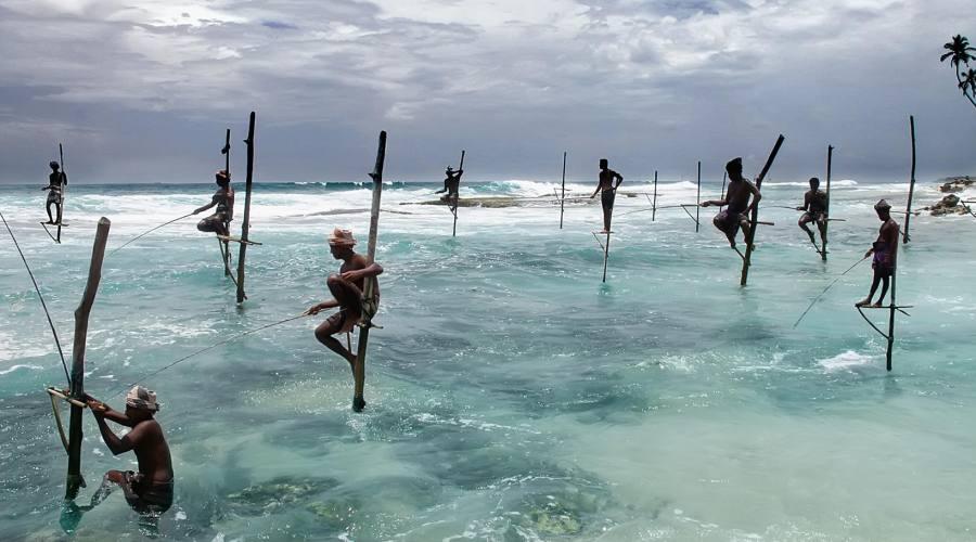 Sri Lanka pescatori sull'Oceano