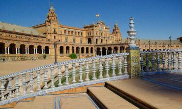 Tour di gruppo: dalla capitale all'Andalusia - Speciale Capodanno