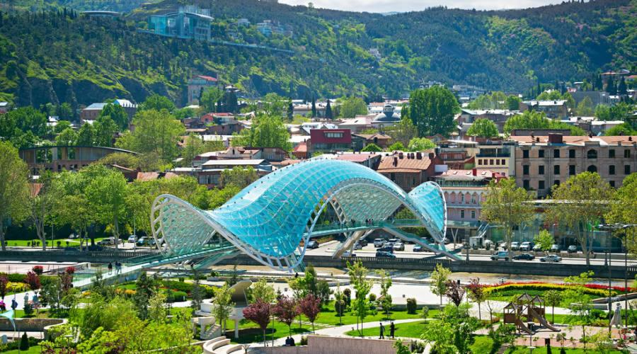 vista estiva di Tbilisi