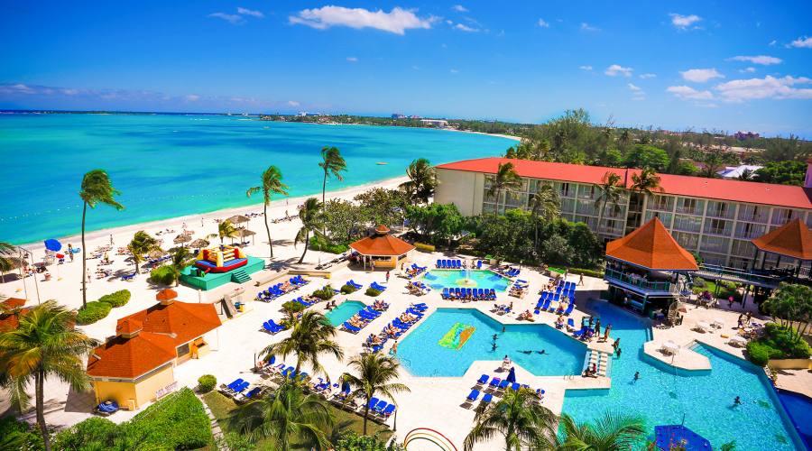 Veduta aerea dell'Hotel Breezes a Nassau