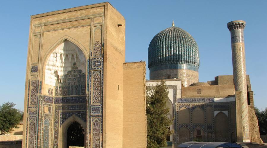SAMARCANDA-vista al mausoleo di Tamerlano