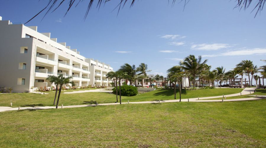 Akumal Bay-Beach&Resort: Giardini