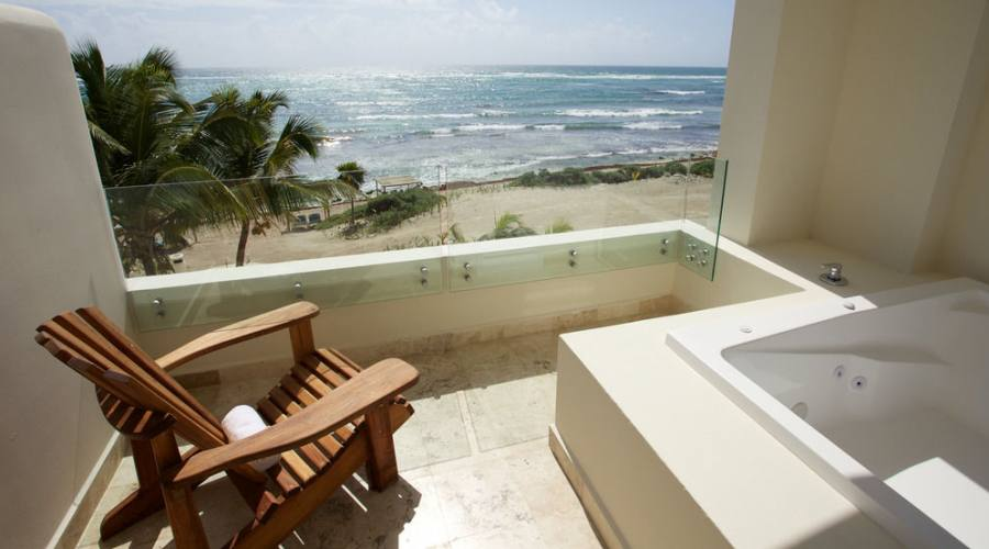 Akumal Bay-Beach&Resort: Junior Suite con Jacuzzi