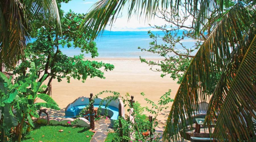 la spiaggia di Villa Valiha