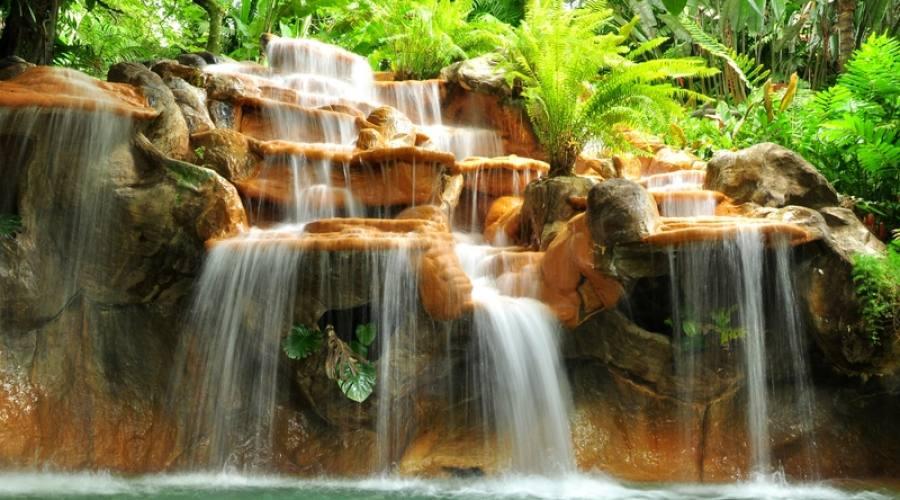 Cascata alle Terme Tabacon