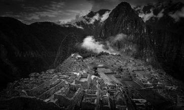 In Viaggio con il fotografo. Le Ande ed il mito dell'Impero Inca