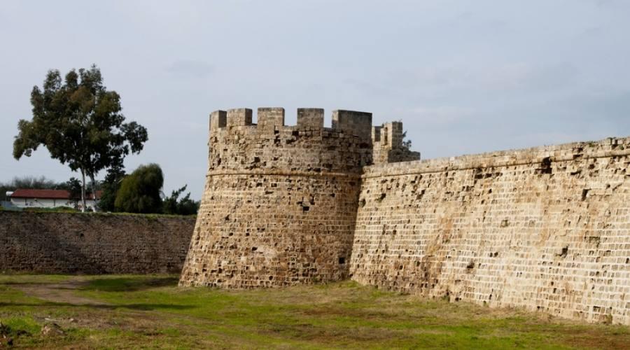 castello di Otello - porto di Famagosta