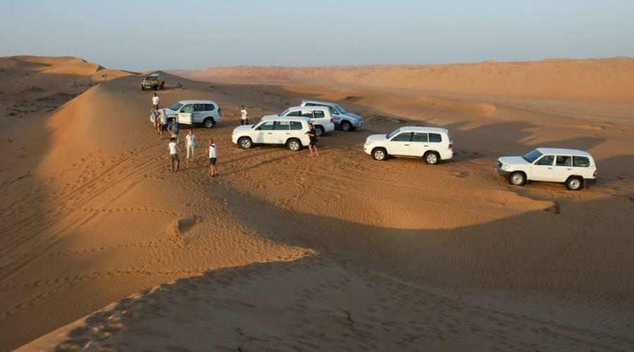 Dune Bushing nel deserto di Wahiba Sands