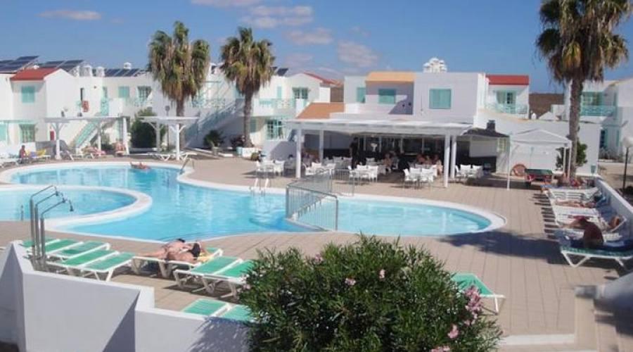panoramica con piscina