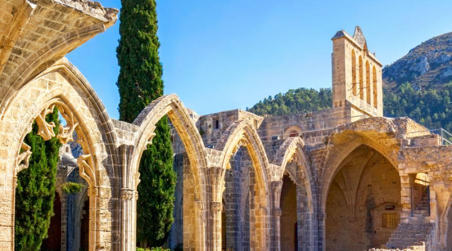 Abbazia di Bellapais - Kyrenia