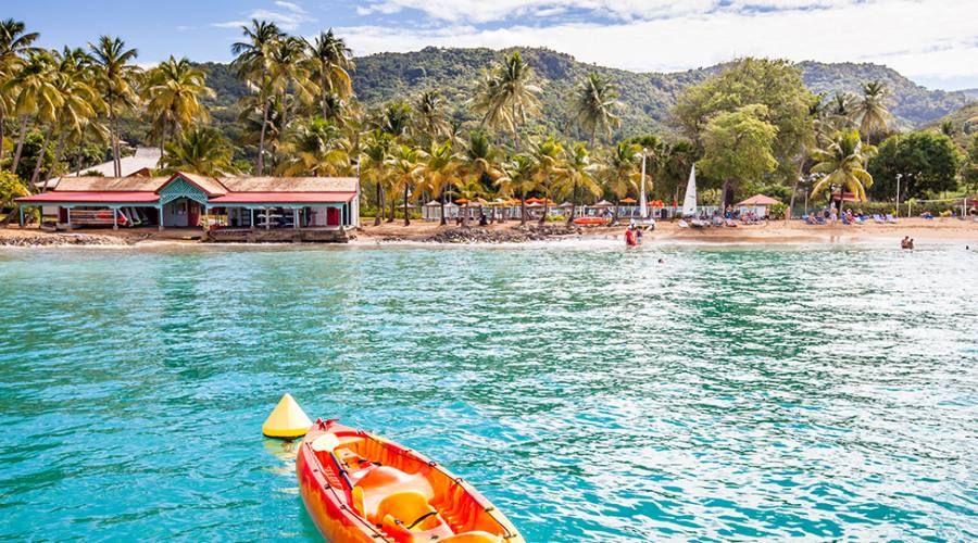 Il resort visto dal mare