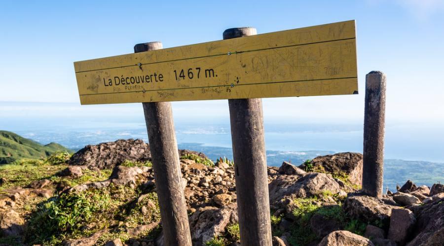 Vista panoramica dal Vulcano La Soufrière in Basse Terre